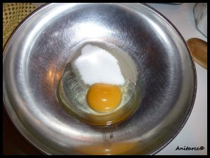Batimos el huevo y el azúcar