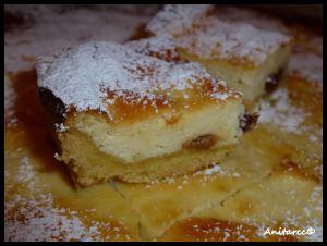 Pastelitos de queso con manzana y pasas