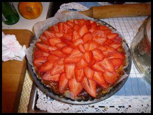 Tarta cubierta de fresas