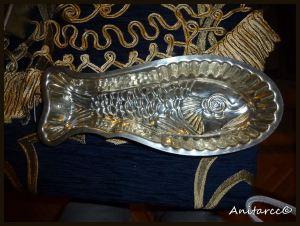 Molde en forma de pescado por dentro