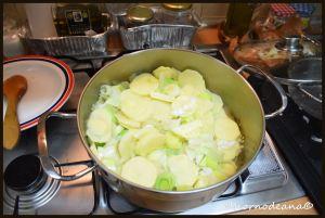 Añadimos la patata cortada en láminas