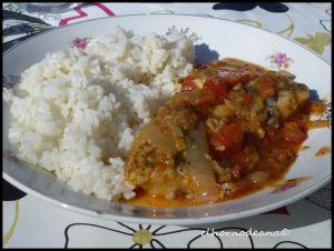 Bacalao con tomate fresco y cebolla